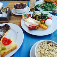 Photo taken at Grand Café by Derin Naz👼🎀🌸🆒 B. on 9/25/2016