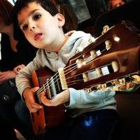 Das Foto wurde bei Old Town School of Folk Music von Sandor W. am 6/8/2013 aufgenommen