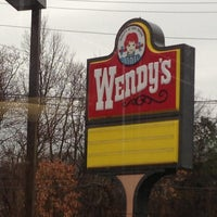 Photo prise au Wendy's par Damian D. le12/9/2012