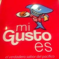 Foto tomada en Mi Gusto Es por Mauricio el 10/30/2012