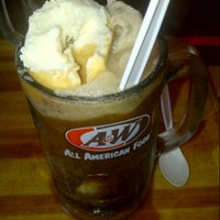 Photo taken at Restaurant A&W Pekan by Eyra K. on 12/29/2012