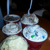 Photo taken at Cold Stone Creamery by Cee R. on 5/18/2014