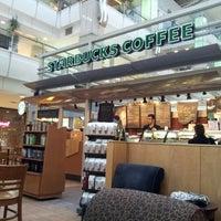 11/6/2012 tarihinde Memet A.ziyaretçi tarafından Starbucks'de çekilen fotoğraf