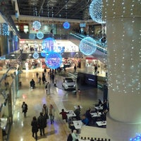 Photo taken at Zielo Shopping Pozuelo by Guillermo R. on 12/7/2012