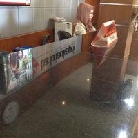 Photo taken at Bank Riau Kepri by endy f. on 7/22/2013