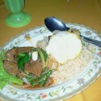 Photo taken at Ja La Seafood by chekgu B. on 9/17/2011