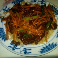 Снимок сделан в Szechwan Chinese Restaurant пользователем Corey G. 1/6/2012
