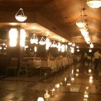 Foto tomada en Turquoise Restaurant por Gökhan T. el 7/9/2012
