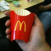 Photo taken at McDonald's by Rodrigo O. on 8/25/2013