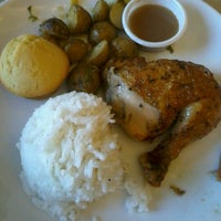 Photo taken at Kenny Rogers Roasters by Paola T. on 1/20/2013