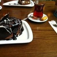 รูปภาพถ่ายที่ Değirmen โดย çağhan เมื่อ 2/10/2013
