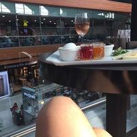 Foto tomada en Sportsbar & Restaurant por Mariia el 9/11/2015