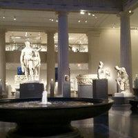 1/16/2013 tarihinde Mari S.ziyaretçi tarafından Greek and Roman Art'de çekilen fotoğraf
