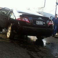 Photo taken at VIPcarwash by Rul E. on 11/10/2012