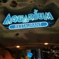 Photo prise au Denver Downtown Aquarium Restaurant par Brenda &. le7/27/2017