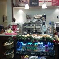 Photo taken at Peet's Coffee & Tea by Walter N. on 12/13/2012