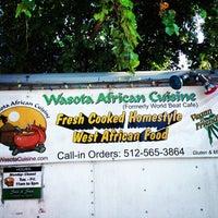 Photo prise au Wasota African Cuisine par Mariel K. le6/9/2013