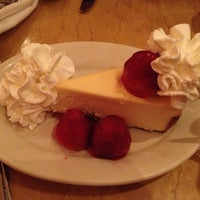 Photo taken at The Cheesecake Factory by Yunying on 12/21/2012