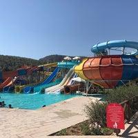 7/29/2017 tarihinde Mete E.ziyaretçi tarafından Ulu Resort Aquapark'de çekilen fotoğraf