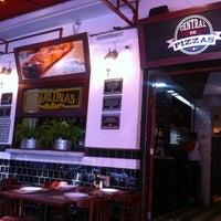 Photo taken at Central de Pizzas Polanco by Fabiola P. on 3/22/2013