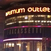 Photo taken at Optimum Outlet by Barış Y. on 10/14/2012