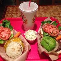 Photo taken at Kua'āina Sandwich by Takumi O. on 5/5/2015