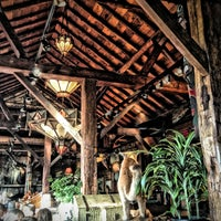 Das Foto wurde bei Clyde's Tower Oaks Lodge von OnBartending am 1/21/2013 aufgenommen