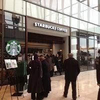 3/29/2013 tarihinde Mücahit Y.ziyaretçi tarafından Starbucks'de çekilen fotoğraf