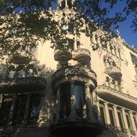 Foto tomada en Casa Lleó i Morera por Park J. el 8/22/2016