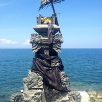 Photo taken at Batu Bolong Temple by Pom on 8/25/2013