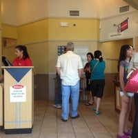 Photo taken at IHOP by Leonel F. on 8/17/2013
