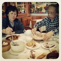 Photo taken at Tak Fu Seafood Restaurant 德福點心皇 by Edmond W. on 5/12/2013