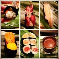 Photo taken at Tanoshi Sushi by Gothamista on 5/18/2013