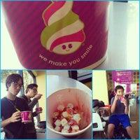 Photo taken at Menchie's Frozen Yogurt by Kevin C. on 2/7/2013