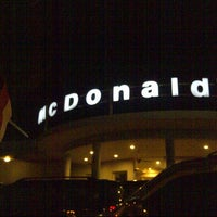 Photo taken at McDonald's / McCafé by Agung N. on 8/12/2013