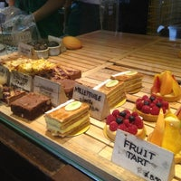 Photo taken at Tiong Bahru Bakery by Teo P. on 4/14/2013