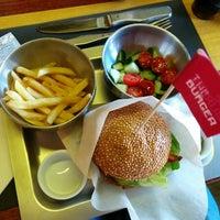 Снимок сделан в The Burger пользователем Maksim K. 8/8/2014