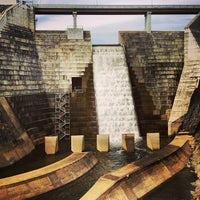 Photo taken at Hinze Dam by Nick H. on 4/14/2013