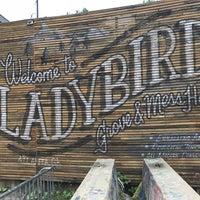 Das Foto wurde bei Ladybird Grove & Mess Hall von Chris am 10/13/2017 aufgenommen