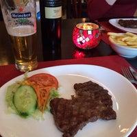Photo taken at Fred's Steak & Ribhouse by Romario on 2/13/2014