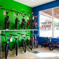 Photo taken at Grapevine Bike Center by Grapevine Bike Center on 10/14/2016