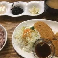 Photo taken at わたしの食卓 白島店 by torika と. on 6/6/2017