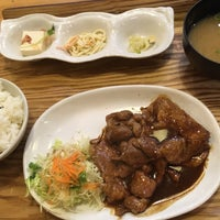 Photo taken at わたしの食卓 白島店 by torika と. on 5/18/2017