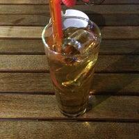 Foto tirada no(a) Cafe Port Bistro por Uğur d. em 6/14/2014