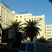 Photo prise au Golden Tulip El Mechtel par Hamadi B. le10/17/2012