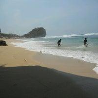 Photo taken at Pantai Indrayanti by Choir A. on 11/16/2012