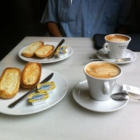 Photo taken at Flaires del Cafè by Elvia L. on 8/24/2014