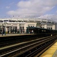 9/22/2012 tarihinde Kaushal A.ziyaretçi tarafından MTA Subway - 161st St/Yankee Stadium (4/B/D)'de çekilen fotoğraf