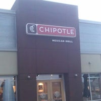 Photo taken at Chipotle Mexican Grill by Jason N. on 7/27/2013