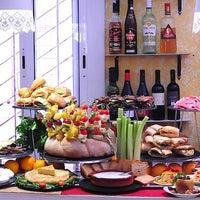 Foto tomada en BarCeloneta Sangria Bar por BarCeloneta Sangria Bar el 10/27/2013